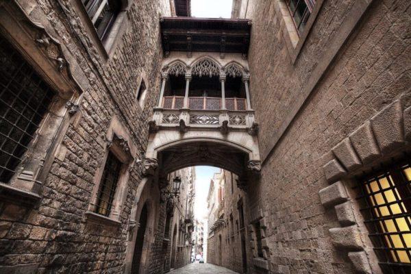 Descubre el Barrio Gótico de Barcelona - lugares