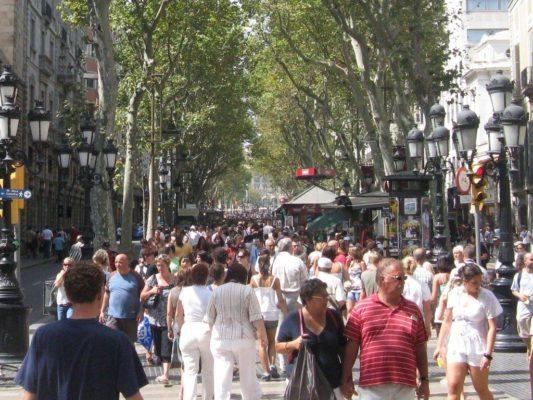De los 10 lugares más visitados en España en 2013, según Facebook, 5 están en Barcelona - lugares