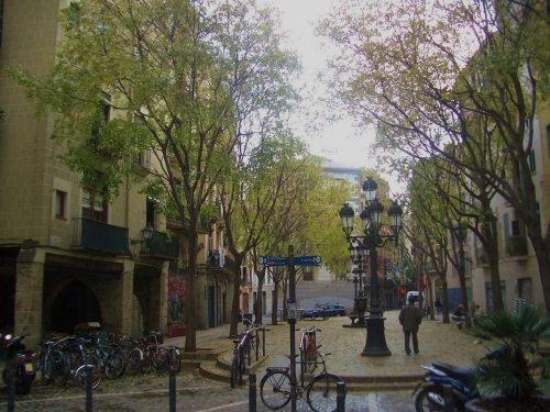 Recorriendo las plazas más bonitas de Barcelona (I) - lugares