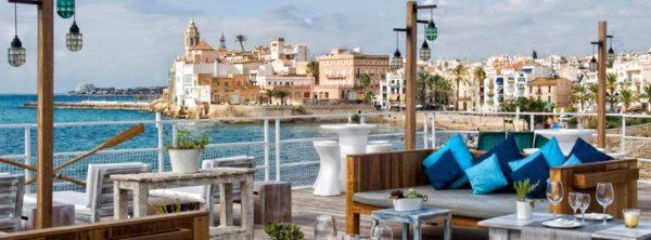 Un lugar en Sitges con vistas inmejorables - bar-y-restaurantes