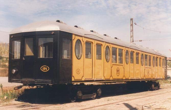 ¿Te has cruzado con el metro amarillo en Barcelona? - novedades, eventos-en-barcelona