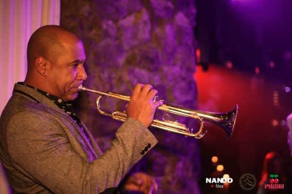 Viernes de salsa y música en directo en Pacha Sitges - bar-y-restaurantes