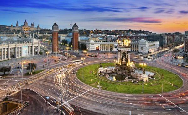 Éstas son las 3 plazas más famosas de Barcelona - lugares