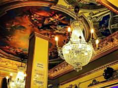 Versailles bar gay barcelona