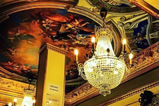 Versailles bar gay barcelona