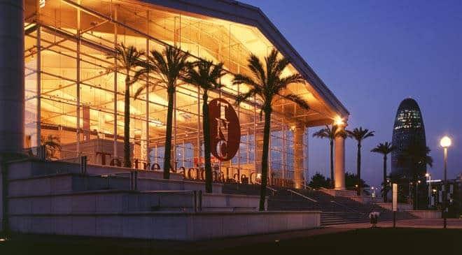 Obras de Ricardo Bofill en Barcelona: Top 3 de las más impresionantes - lugares