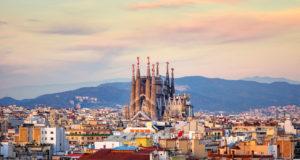 viajar a barcelona con poco dinero