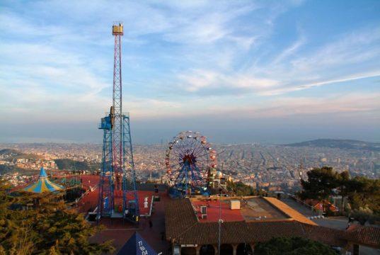 Conoce dos de los mejores parques de diversiones en Barcelona