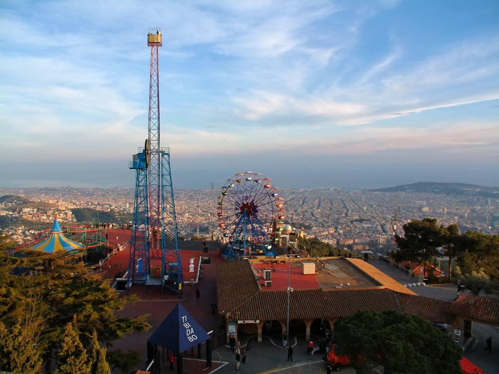Conoce dos de los mejores parques de diversiones en Barcelona - novedades, lugares, los-barceloneses-cuentan