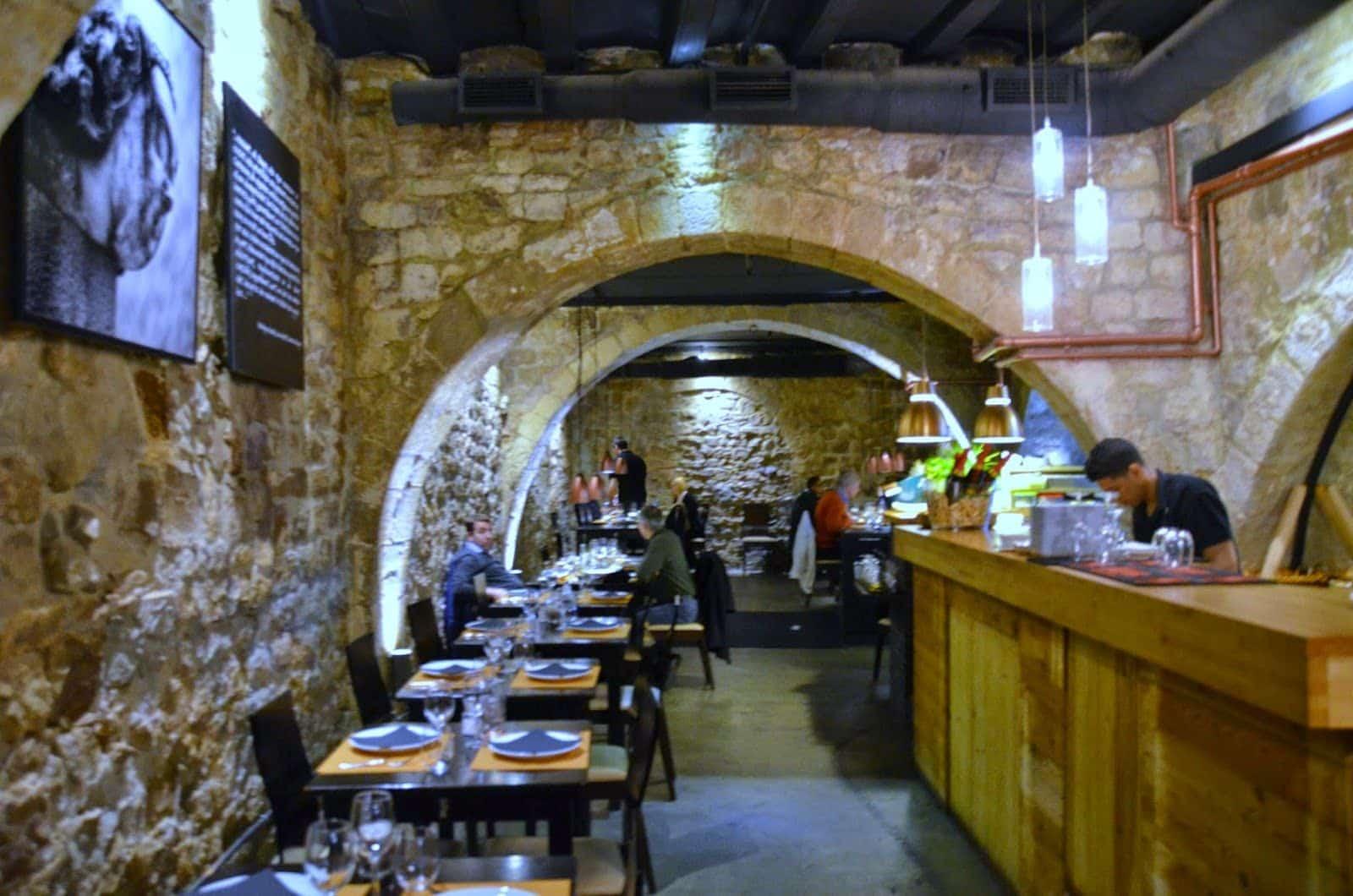 Arcano, un restaurante en una caballeriza del 1700 - lugares, bar-y-restaurantes
