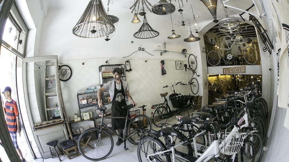 Si te gustan las bicis y las lámparas de diseño, el Ciclo es para ti - tiendas-en-barcelona, novedades, lugares