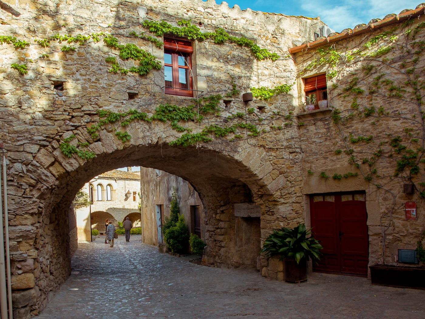 Cinco pueblos medievales para una escapada fuera de la ciudad - novedades, lugares